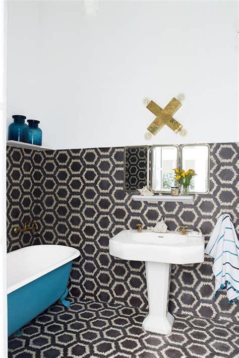 7 Beautiful Sightings of Hexagonal Tiles in Modern Spaces