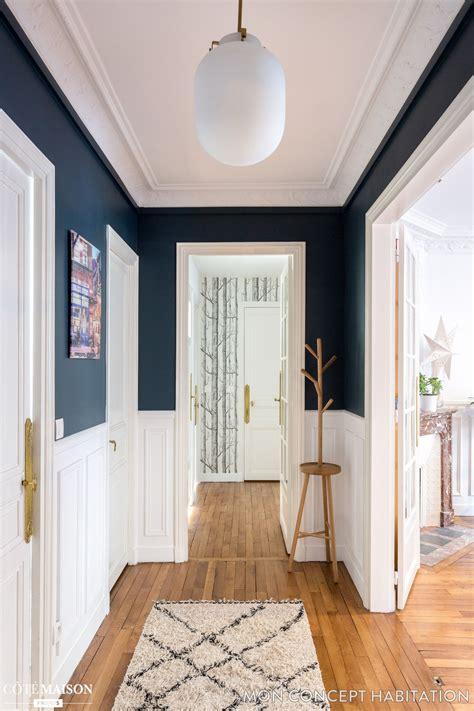 une entree accueillante en bleu  blanc maison de reve