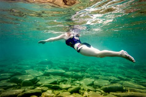 natural light underwater photography tips diy photography