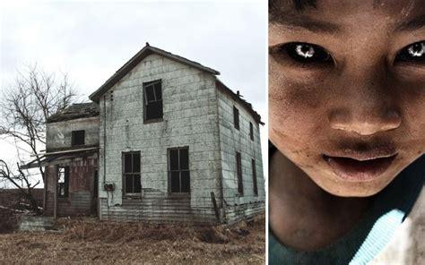 abandoned texas buildings children eyed haunted yyellowbird hoto credit via flickr left right