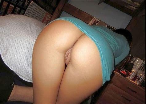 Milf Posing Her Sexy Ass Porn Pic Eporner