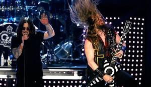 Ozzy Osbourne And Zakk Wylde 'Bark At The Moon' As The Sun ...