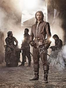 The Musketeers - Luke Pasqualino Talks About The Return of ...