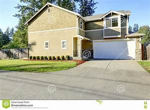 Front View Of American Family House Stock Photo - Image ...