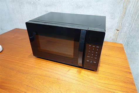 s enabled microwave on it cooks but