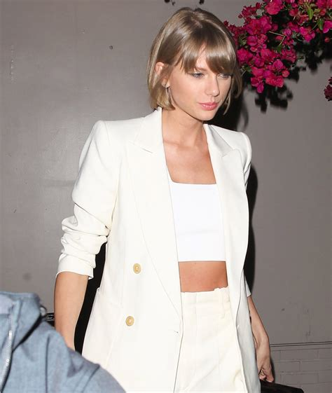 taylor swift shows  flawless physique  tight tummy