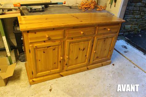 peinture pour meuble cuisine diy relooker un vieux meuble en bois par bricole kozikaza