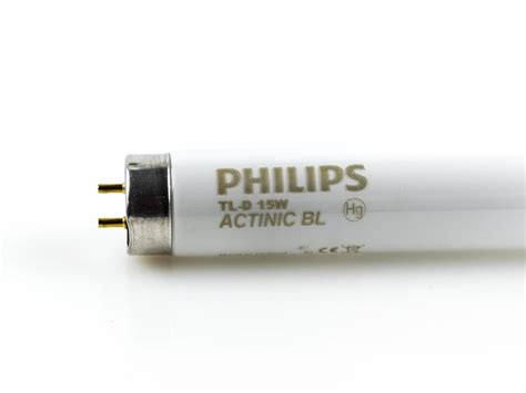 18 inch fluorescent light bulb philips 15 watt 18 inch t8 black light fluorescent bulb