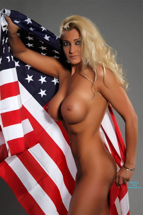 Busty Blonde American April 2014 Voyeur Web Hall Of Fame