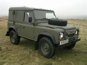 4x4 Land Rover : raf land rover google search cool 4x4 pinterest land rovers land rover defender and 4x4 ~ Medecine-chirurgie-esthetiques.com Avis de Voitures