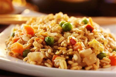 cuisiner le riz les 25 meilleures idées de la catégorie riz frit sur