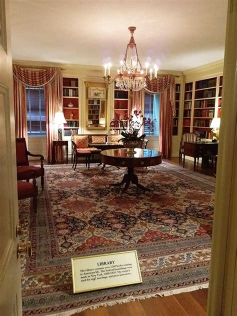 white house   current residence  president