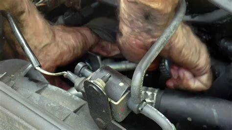 oelwechsel oelfilter wechseln anleitung motoroel ablassen