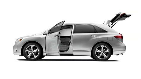 Rent A Toyota Venza And Enjoy Miami In A Cross-over Suv