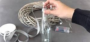 Flasche Mit Lichterkette : diy adventskranz mit flaschen und led lichterketten ~ Lizthompson.info Haus und Dekorationen