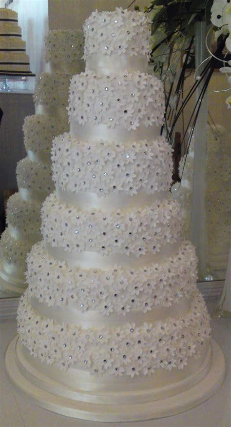 wedding cake  diamonds idea   bella wedding