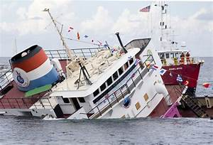 Lady Luck Intentionally Sunk To Make First Underwater