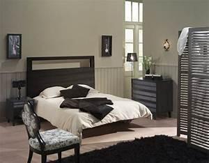 couleur chambre avec meuble noir ralisscom With bleu canard avec quelle couleur 13 les 25 meilleures idees concernant murs bleu marine sur