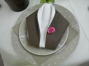 Pliage De Serviette En Tissu : pliages de serviettes facile deco table pliage ~ Nature-et-papiers.com Idées de Décoration