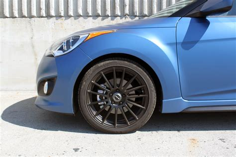 The execution leaves something to be desired. 2016 Hyundai Veloster Turbo Rally Edition Review