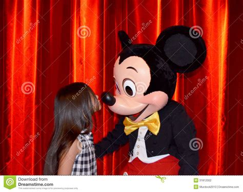 Mickey Mouse Kisses Minnie Mouse Editorial Photo