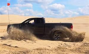 Watch The Chevrolet Colorado Zr2 Go Desert Running  U00bb Autoguide Com News
