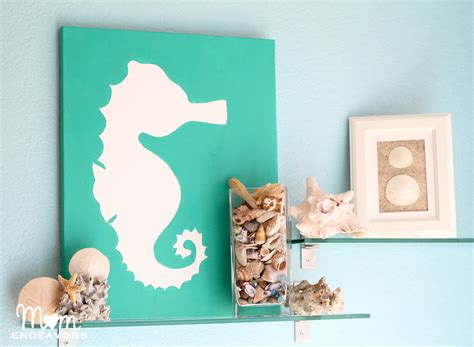 Diy Themed Bathroom Decor by Diy Beachy Seahorse Canvas