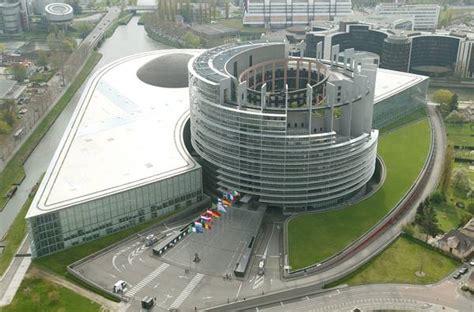 Sedi Parlamento Europeo by Il Parlamento Europeo Ndroscuro