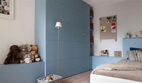 meuble mural chambre rangement mural chambre grand meuble de rangement mural