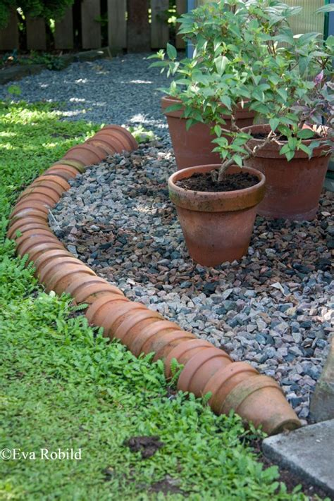 amazingly good garden edging ideas
