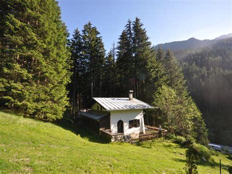 Tiroler Berghütte, Tirol, Wattens  Frau Claudia Kölldorfer