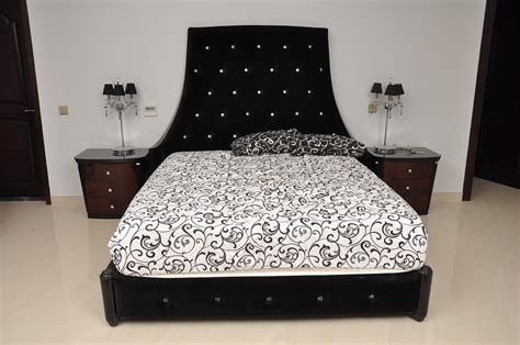 Types Of Bed by Different Types Of Bed Sheets Bedding Ideas
