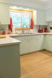 1950s kitchen furniture 1950s kitchen i like the mint cabinets could this work with the pink counter and backsplash