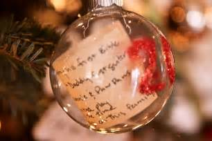 Christmas Ornament Stand by 25 Ideas For Decorating Clear Glass Ornaments The