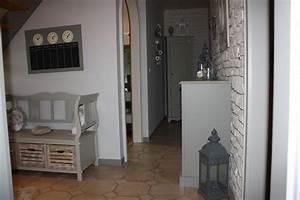 Couloir Gris Et Blanc : couloir photo 5 7 3507562 ~ Melissatoandfro.com Idées de Décoration