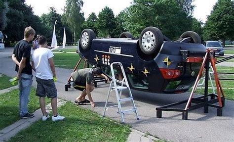 Aicina izmēģināt auto apgāšanās simulatoru | liepajniekiem.lv