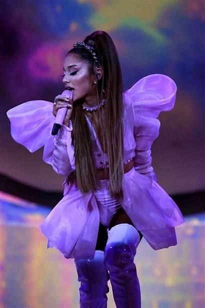 Ariana Grande Sweetener Tour Stage Shows Waking