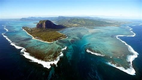 fenomena air terjun bawah laut satu satunya  dunia