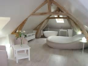 Chambre Avec Baignoire Balneo Normandie by Chambres D H 244 Tes Avec Sauna La Cl 233 Des Chs 224 Suzay