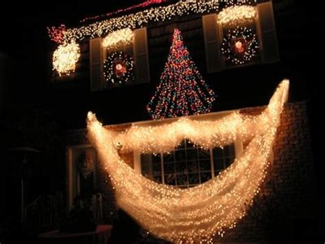 fantastic ideas for using rope lights for christmas
