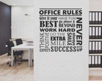 oficina normativa collage pared vinilo rotulacion vinilo