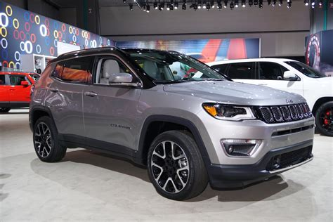 jeep compass 2017 grey 2017 jeep compass makes us debut at la auto show