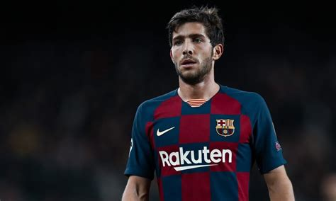 Official: Sergi Roberto tests positive for COVID-19 ...