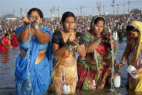 Maha Kumbh Mela Women Bath Ganges Worship Pray Water