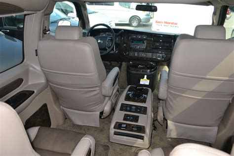 chevy express  pass explorer limited  se mike