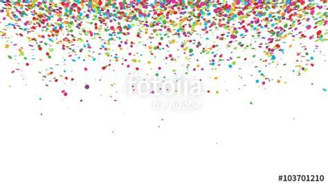 herab rieselndes buntes konfetti vor weissem hintergrund