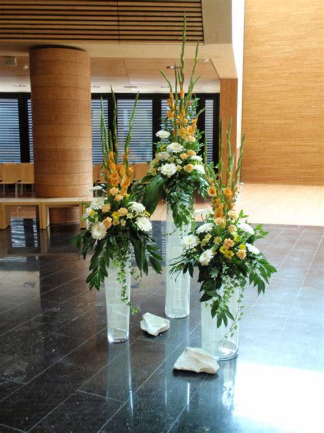 foto vasi di fiori composizioni floreali in vasi di vetro alti ze91 pineglen