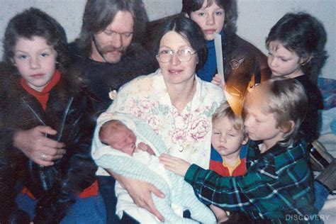 Family Murdered On Fishing Boat In Alaska by Is Alaskan Bush People Fake Plus Felony Charges Filed