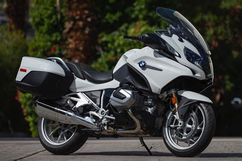 bmw   rt review  fast facts