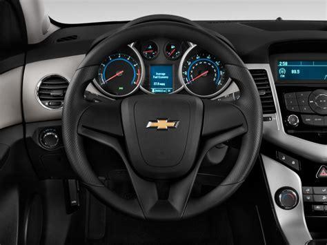 hayes car manuals 2011 chevrolet volt interior lighting image 2013 chevrolet cruze 4 door sedan auto ls steering wheel size 1024 x 768 type gif